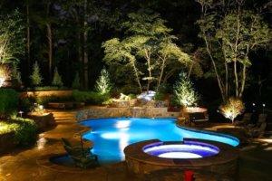 Декоративное освещение водоема